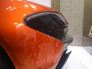 東京モーターショー2015「曙ブレーキマクラーレンP1リアエンド」