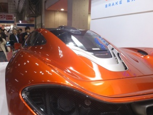 東京モーターショー2015「曙ブレーキマクラーレンP1リアビュー」