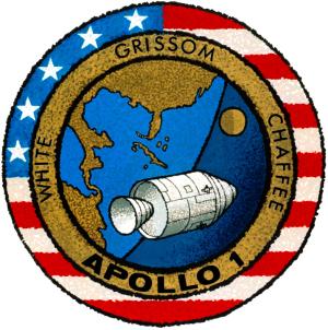 アポロ1号の悲劇と繰り返されるNASAの悲劇を掠ったクルードラゴンは祝福された宇宙船か