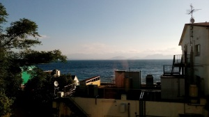 本日、天気晴朗なれども風やや強し(大瀬館4階からの眺め)