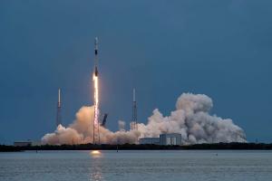 スターリンクV1L14上がる:GPS衛星の異常をきたしたエンジンはマクレガーで現象再現か