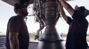 ロケットエンジンとマニキュア